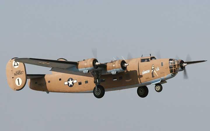 """B-24A - LB30 """"Dimond Lil"""""""